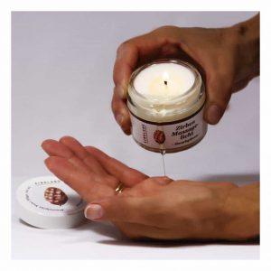 Zirben Massagekerze Duftkerze Anwendung